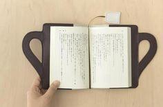 Capa de livro com marcador
