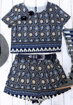 Co-ords // If you're looking for the perfect outfit to music fests, then you have to grab this '70s-inspired navy blue printed shorts co-ord set.