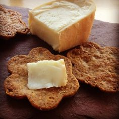 Cheddar crackers with spent grains from beer brewing, in the oven right now. Subbed odds and ends of cheese (mild cheddar and smoked gruyere) for sharp cheddar and whole wheat flour for all-purpose.