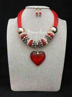 cdb2247a3b6f 40 mejores imágenes de Collares de Corazón