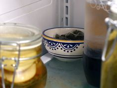 Instead of throwing away used tea bags, tuck them away in a bowl in the back of the fridge to remove lingering smells >> http://blog.diynetwork.com/maderemade/2013/07/27/6-handy-uses-for-tea-that-dont-involve-sipping/?soc=pinterest