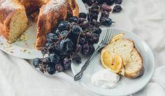 עוגת תפוזים עם קישוטי פירות וקצפת רכה, צילום: נועם פריסמן Citrus Cake, French Toast, Cakes, Cooking, Breakfast, Food, Cucina, Breakfast Cafe, Kochen