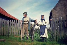 People Of The World, Timeline Photos, More Photos, Romania, Mount Rushmore, Folk Art, Audi, Country, Type 1