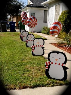Looking for a simple décor idea that your guests will adore? Decorate the inside or outside of your Winter Wonderland party with these adorable DIY penguin props! Penguin Birthday, Penguin Party, Winter Birthday, 4th Birthday Parties, Birthday Ideas, Penguin Baby Showers, Winter Wonderland Party, Winter Onederland, Christmas Crafts