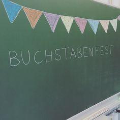 """Gefällt 262 Mal, 24 Kommentare - amoedo (@lieblingslehrerplaner) auf Instagram: """"Buchstabenfest! Heute haben wir endlich alle Buchstaben gefeiert. Angefangen vom…"""""""
