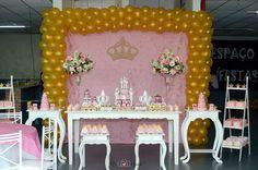 Decoração Provençal Rosa e Dourada Princesa, Castelos e Coroas Douradas