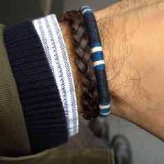 Layers and bracelettes.