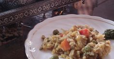 インドではお腹を休ませたり、不調の時に食べる、リゾット風のおかゆ。お腹に優しいお豆とスパイスで、栄養満点の美味しさです。