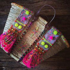 Bag: pompom, pompom bag, pompom basket bag, beach bag, straw bag, basket bag, basket tote, pom poms, multicolor, tote bag - Wheretoget