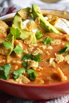 New Year's Resolution Friendly: Spicy Chicken Tortilla Soup - the BEST soup for these cold winter days! // Love Laugh Cook This was a tasty fast soup to make. Would eat again. Chili Recipes, Mexican Food Recipes, Soup Recipes, Chicken Recipes, Cooking Recipes, Chicken Soups, Beef Soups, Spicy Chicken Soup, Smothered Chicken