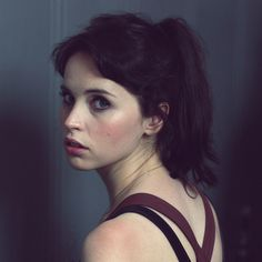 felicity jones...Girl without the pearl earring...