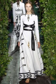 Valentino Fall 2014 Couture - Collection - Gallery - Look 1 - Style.com