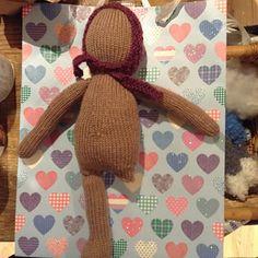 Ravelry: The Oak Folk Doll (Body) pattern by Sandra Magalhães Baby Toys, Folk, Reusable Tote Bags, Pattern, Popular, Patterns, Forks, Folk Music, Model