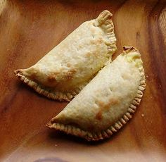The Alchemist Chef: Empanadas with Goat Cheese, Black Beans and Sweet Plantains