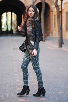FASHIONVIBE: Camouflage Legs