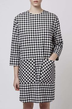 This gingham boxy dress by Boutique is your go-to piece for trans seasonal chic. #Topshop