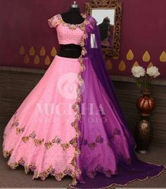 End Customization with Hand Embroidery & beautiful Zardosi Art by Expert & Experienced Artist That reflect in Blouse , Lehenga & Sarees Designer creativity that will sunshine You & your Party. Choli Designs, Lehenga Designs, Saree Blouse Designs, Lehenga Choli Wedding, Indian Bridal Lehenga, Ethnic Outfits, Indian Outfits, Stylish Dresses, Fashion Dresses