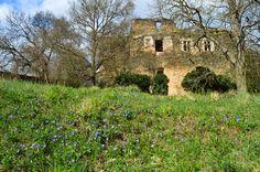 Nový Hrádek u Lukova, pohled na mladší část hradu z 15. století.