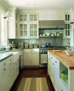 Perfect kitchen just missing the subway tiles