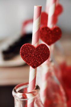 Canudinhos com corações. #chá #lingerie