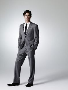 White Collar is a TV series created in 2009 by Jeff Eastin (Graceland), starring Matt Bomer (Tru Calling, Traveler, Bryce Larkin the first Intersect in Chuck) as Neal Caffrey, a highly intelligent … Groom And Groomsmen Attire, Groom Wear, White Collar Tv Series, Willie Garson, Matt Bomer White Collar, Neal Caffrey, Men's Fashion, Tiffani Thiessen, Armani Suits