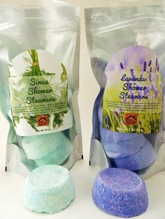 Use these homemade shower steamers to relieve congestion from sinus problems, seasonal allergies or the cold/flu. Shower Steamers, Bath Bomb Recipes, Bath Melts, Seasonal Allergies, Homemade Soap Recipes, Diy Shower, Homemade Beauty Products, Home Made Soap, Soap Making
