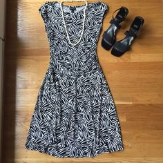 "Enfocus Dress.  So pretty. Enfocus Dress.  So pretty. 23"" waist that has stretch to fit your waist.  15"" between under arms. 37"" shoulder to hem. Very good condition. Chic. Dresses"