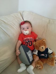Just chillin' & waiting for the #Patriots game to start so freakin cute