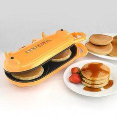 Babycakes Flip-Over Pancake Maker Orange: Kitchen & Dining Cool Kitchen Gadgets, Kitchen Items, Cool Kitchens, Kitchen Dining, Cool Gadgets To Buy, Fun Gadgets, Kitchen Art, Tech Gadgets, Cooking Gadgets