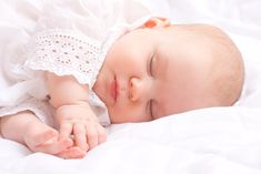 Cómo cuidar la piel atópica del bebé - http://madreshoy.com/como-cuidar-la-piel-atopica-del-bebe/