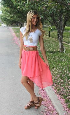 Hi-low skirt with big belt...white tee...sandals