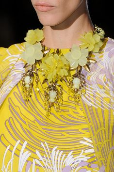 #Gucci Spring 2013 Details  Yellow Dress #2dayslook #Yellow style #royalfashion  www.2dayslook.com