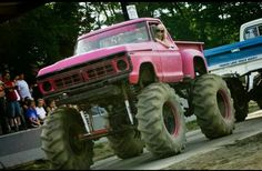 Pink step side Ford truck pull