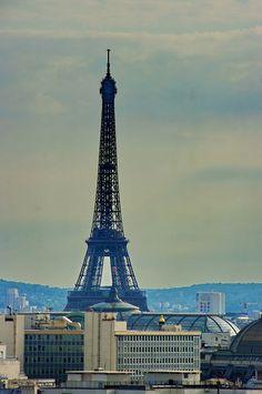 Paris vu depuis une terrasse rue de la Tour d'Auvergne dans le 9ième arrondissement 12 | by paspog
