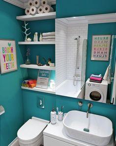 Интерьер ванной комнаты в бирюзовом цвете фото