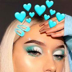 makeup dp pic makeup like deepika padukone makeup mask makeup trends 2020 makeup glam makeup will not stay on much is clinique eye makeup remover makeup no eyeliner Cute Makeup Looks, Makeup Eye Looks, Eye Makeup Art, Colorful Eye Makeup, Crazy Makeup, Glam Makeup, Skin Makeup, Eyeshadow Makeup, Blue Eyeshadow