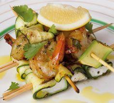 prawn, halloumi and zucchini skewers Prawn Recipes, Skewer Recipes, Seafood Recipes, Cooking Recipes, Healthy Recipes, Easy Recipes, Prawn Salad, Zucchini, Gourmet