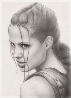 Pencil drawing of Angelina's Jolie Lara Croft from Tomb Raider movie Lara Croft AJ portrait Tomb Raider Angelina Jolie, Lara Croft Angelina Jolie, Laura Croft, Pencil Art Drawings, Art Drawings Sketches, Drawing Art, Lara Croft Fantasia, Costume Lara Croft, Lara Croft Disfraz