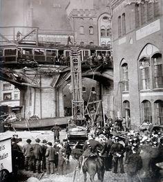 Berlin in alten Bildern - Seite 6 - Berlin - Architectura Pro Homine,Zugunglück am Gleisdreieck 1908