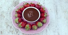 Sugar Free Chocolate Fondue/Sauce http://www.bariatriceating.com/2012/11/chocolate-fondue-for-dipping-sugar-free/