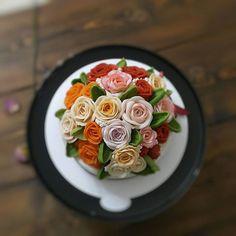 대구앙금플라워~블루베리2호 생신케이크 주문입니다~^^ . . #대구앙금플라워#칠곡플라워케이크 #칠곡앙금케이크#대구앙금플라워떡케이크#대구떡케이크#플라워케이크#꽃케잌#꽃스타그램 #beanpaste #beanpasteflower #whithebeanpast #flowerstagram #flower cake