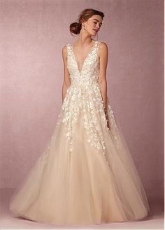 Buy discount Fabulous Tulle V-neck Neckline A-line Wedding Dresses with 3D Flowers & Lace Appliques at Dressilyme.com