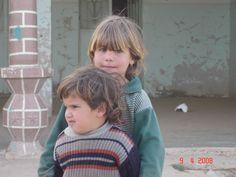 enfants syriens près de Doura Europos. Syrie 2008.