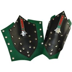 Shield Arm Bracers with Daggers - DK6056 from Dark Knight Armoury