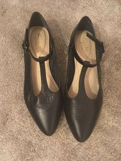 ladies black flat shoes size 5
