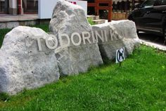 We are very pleased to offer this studio apartment for sale in Todorini Kuli, Bansko. Holiday Apartments, Apartments For Sale, Water Boiler, Fitted Bathroom, Shower Units, Corner Table, Dining Table Chairs, Open Plan Living, Walk In Shower