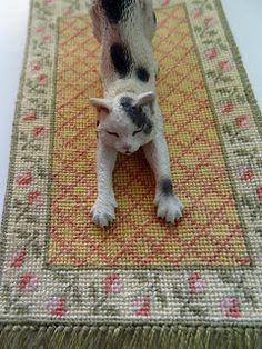 1000 Images About Miniature Needlework Rugs Amp Carpets