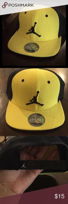 Boys Jordan hat OSFM Yellow and black Jordan Accessories Hats