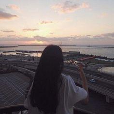 but darling, the sunrise is always beautiful, no matter who is awake to notice Night Aesthetic, Aesthetic Photo, Aesthetic Girl, Girl Photo Poses, Girl Photography Poses, Girl Photos, Shadow Photos, Girl Korea, Ulzzang Korean Girl