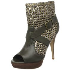 chain mail boots... I think I either love it or hate it... the jury is out! BUT so far I think it is kickass!